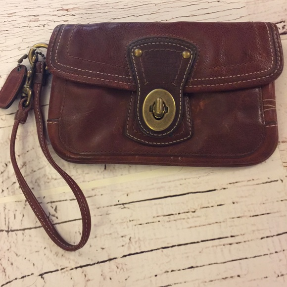 Coach Handbags - Coach leather wristlet with brass Turn style lock